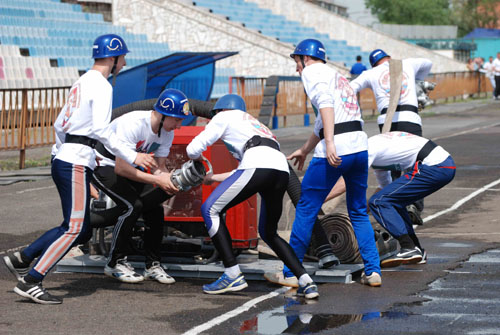 Соревнования в Красноярске по пожарно-прикладному спорту среди подразделений добровольной пожарной охраны Сибирского федерального округа