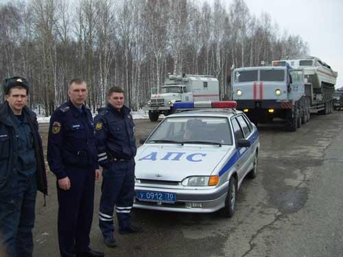 Прибытие в Томск плавающего транспортера.