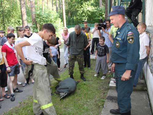 """День безопасности в детском оздоровительном лагере """"Юный томич"""""""