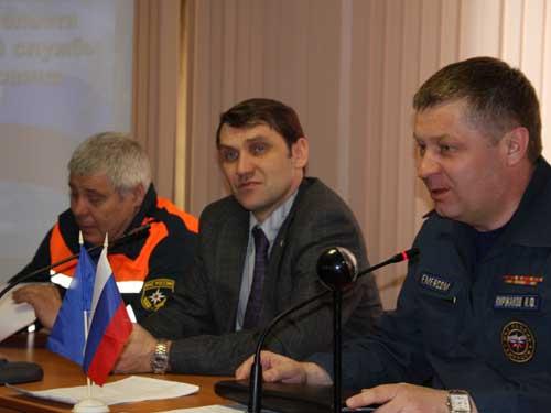 Отправка красноярских спасателей в села Томского района.
