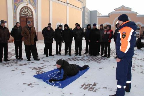 Занятие инспекторов ГИМС в Томской семинарии