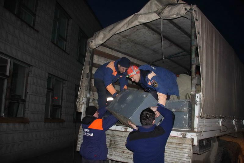 Убытие отряда военнослужащих 653-го Спасательного центра МЧС России и спасателей Сибирского регионального поисково-спасательного отряда МЧС России, помогавших томичам бороться с паводком, в места постоянной дислокации