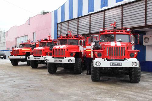 Вручение четырех новых пожарных автомобилей подразделениям противопожарной службы Томской области