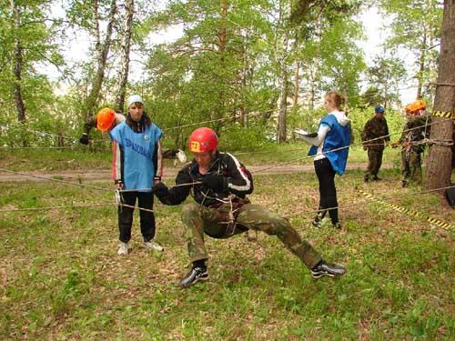 """Детские областные соревнования """"Школа безопасности-2010"""" в п.Аникино."""