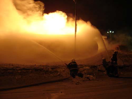 Пожар на автозаправочной станции на ул. Осенней.