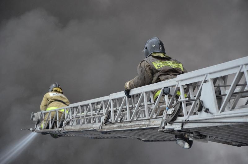 Норильские пожарные спасли 19 человек