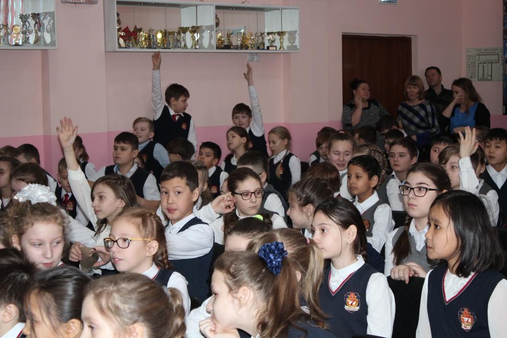 Уроки мужества для красноярских школьников