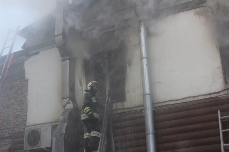 Читинские пожарные ликвидировали возгорание в кафе «Гураныч»
