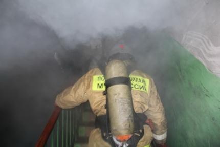 Дым в подъезде - сигнал тревоги!
