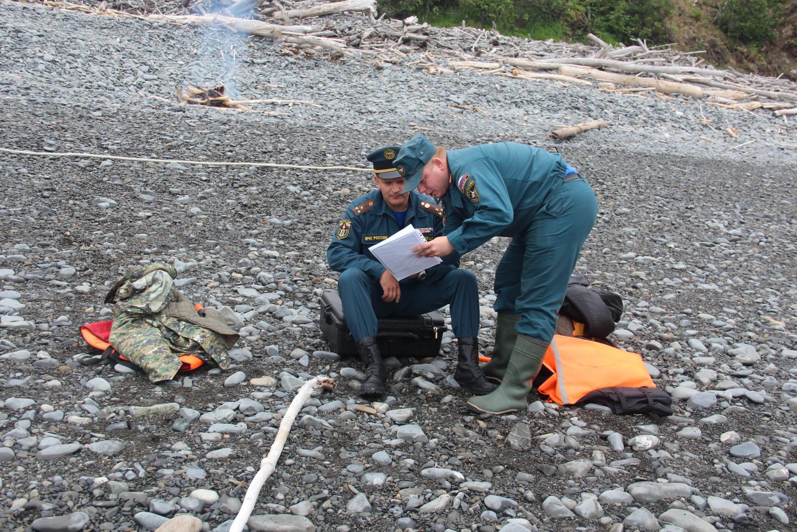 Поисково-спасательная операция в бухте Онгачан Охотского моря