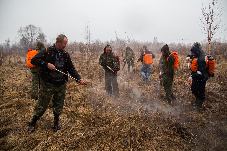 В преддверии пожароопасного периода в районе имени Лазо прошла тренировка по ликвидации возможных чрезвычайных ситуаций, связанных с возникновением природных пожаров