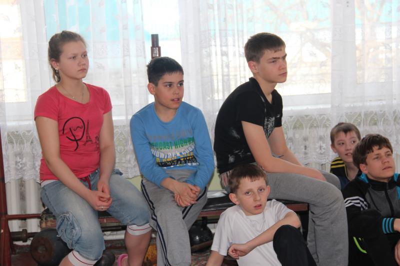 Занятие по пожарной безопасности в детском доме № 4 города Хабаровска