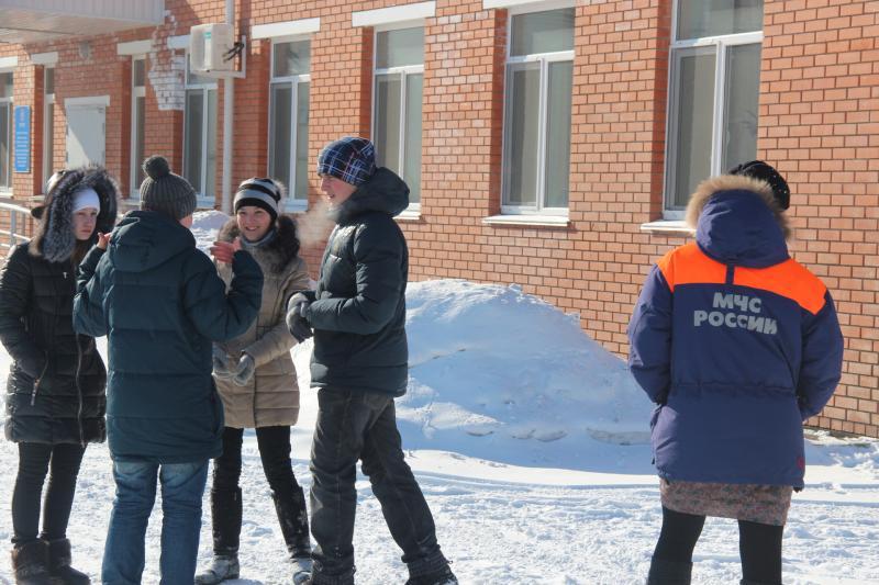 Экскурсия воспитанников школы-интерната для слабослышащих на ДВРПСО