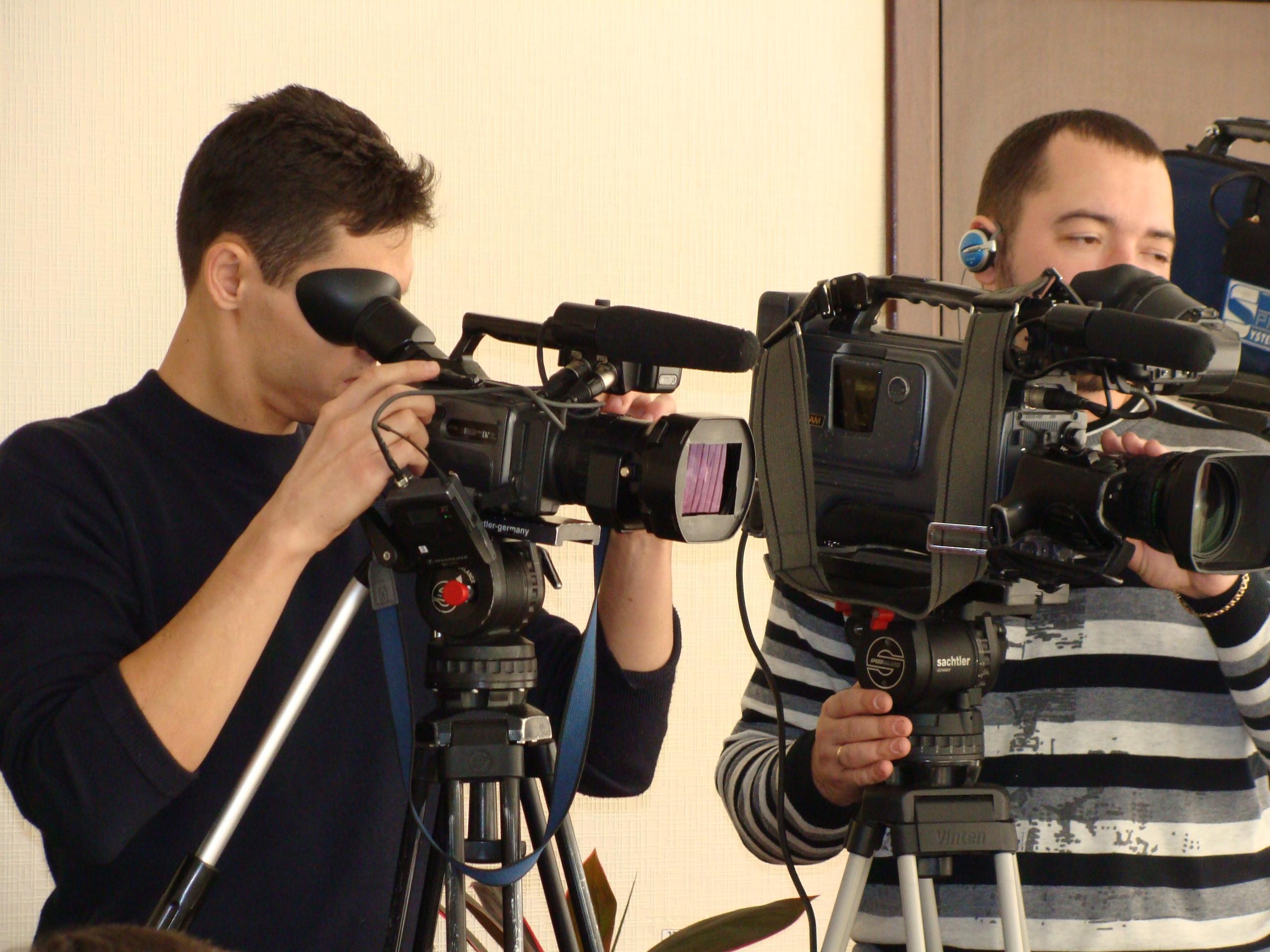 Сотрудничество со СМИ