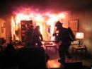 При пожаре один человек погиб, другой, спасаясь, выпрыгнул из окна