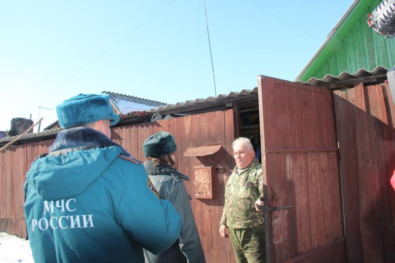 Рейд и нспекторов ГПН и ПДН по ветхому аварийному жилью и частному сектору Индустриального района города Хабаровска