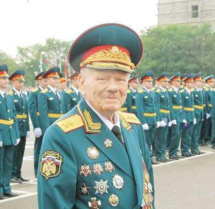 «МК» рассказывает о жизни, работе и семье легендарного сотрудника МЧС России Дмитрия Михайлика
