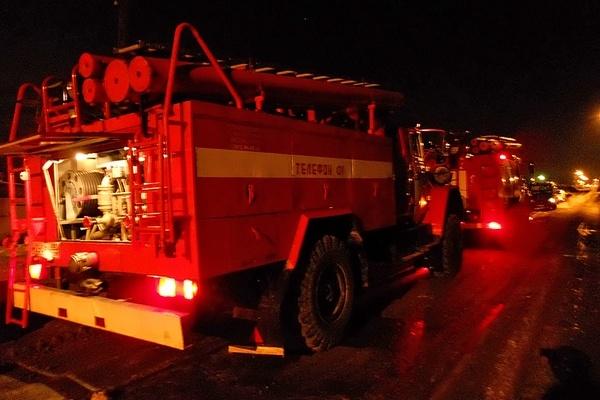 Пожарные ликвидировали открытое горение в здании школы в Купинском районе