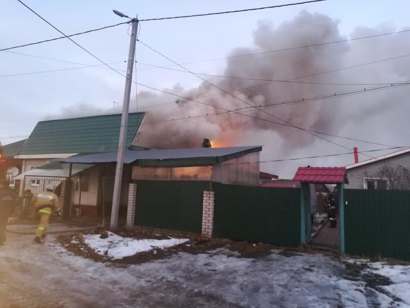 Жители города Гусь-Хрустального выразили благодарность пожарным за их действия при ликвидации пожара, произошедшем 18-го января в частном жилом доме на улице Поперечной