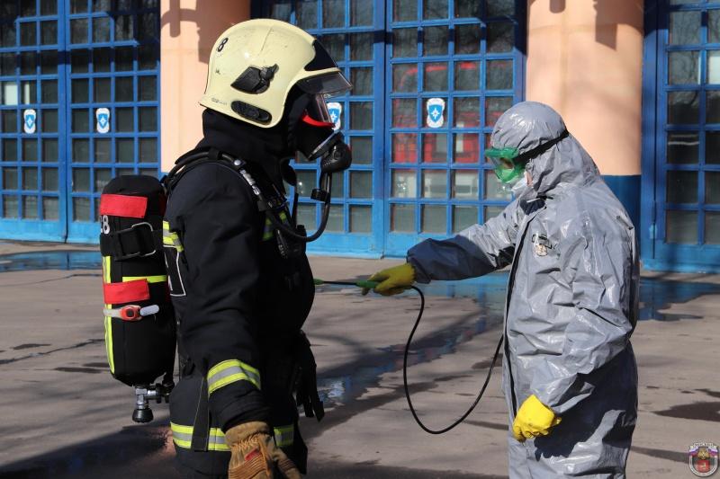 В пожарных частях столицы проводится комплекс профилактических мер, для обеспечения бесперебойной работы подразделений и недопущения распространения вирусных инфекций