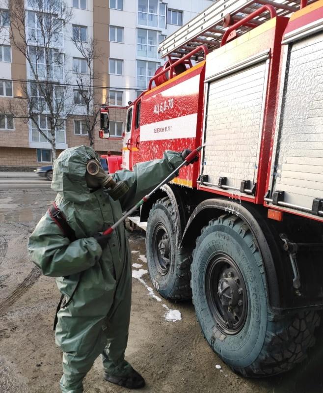 Дезинфекционная обработка помещений и техники проходит в подразделениях ГУ МЧС России по Сахалинской области