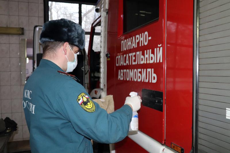 В МЧС России организована работа по недопущению заболевания личного состава