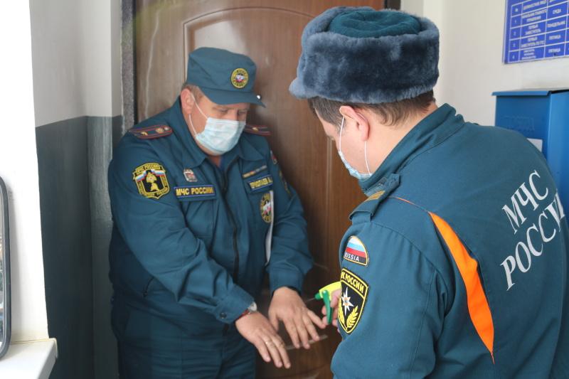 В подразделениях МЧС продолжаются профилактические мероприятия по недопущению распространения вирусных инфекций