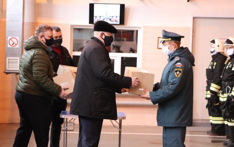 В рамках проекта #МыВместе сотрудники Главного управления МЧС России по Тамбовской области получили медицинские маски
