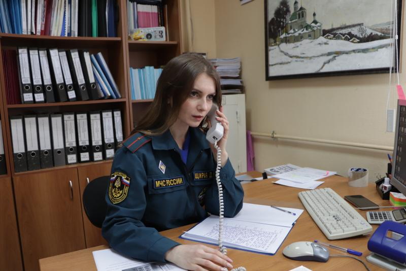 Психологи Главного управления МЧС России по Владимирской области оказывают психологическую поддержку гражданам, позвонившим на телефон доверия по коронавирусной инфекции