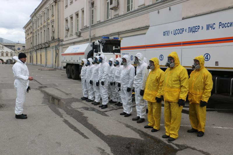 Центр «Лидер» провел дезинфекцию Ленинградского вокзала в Москве