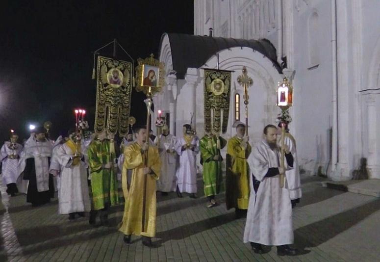 Сотрудники МЧС проведут дезобработку культовых зданий и сооружений Владимирской области и будут осуществлять дежурство в храмах во время празднования Пасхи