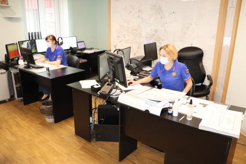 Личным составом Главного управления МЧС России по Псковской области принимаются меры по недопущению развития вирусных инфекций