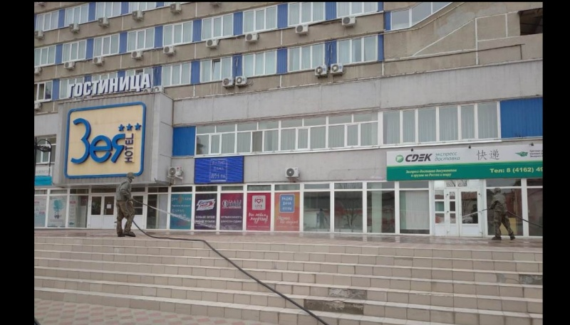 Специалисты ГУ МЧС России по Амурской области провели дезинфекцию гостиницы «Зея» в Благовещенске