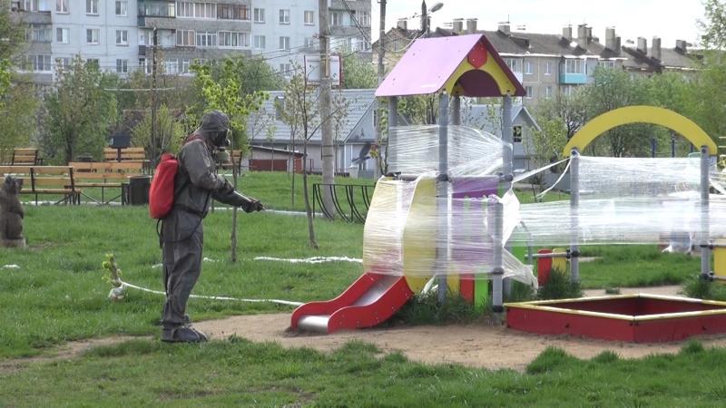 Сотрудники МЧС провели дезобработку в городе Кольчугино (видео)