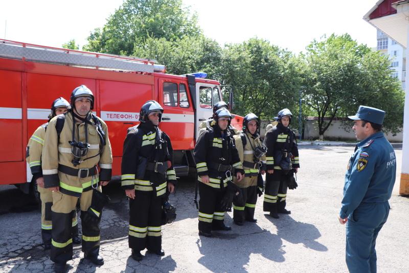 Занятия по газодымозащитной службе в ПСЧ №2