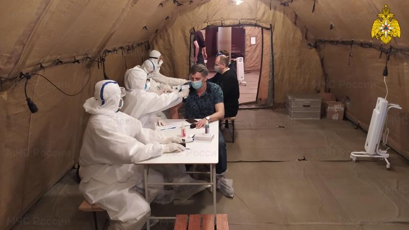 В Якутии продолжает работу аэромобильный госпиталь МЧС России с целью локализации распространения COVID-19