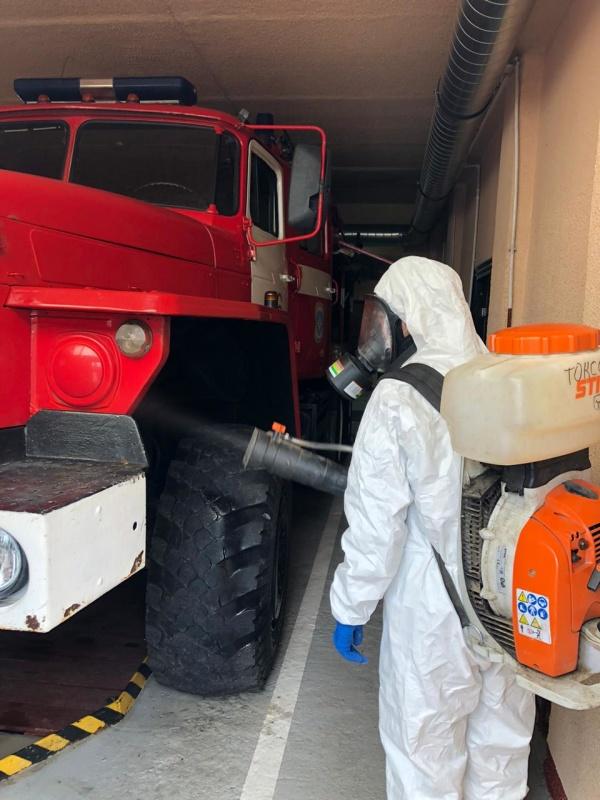 В Ленинградской области в пожарно-спасательных частях продолжается дезинфекция