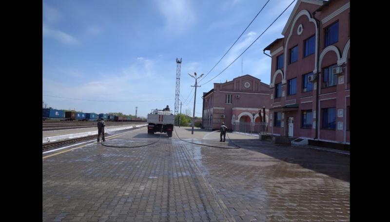 Специалисты ГУ МЧС России по Амурской области провели дезинфекцию социально-значимых объектов