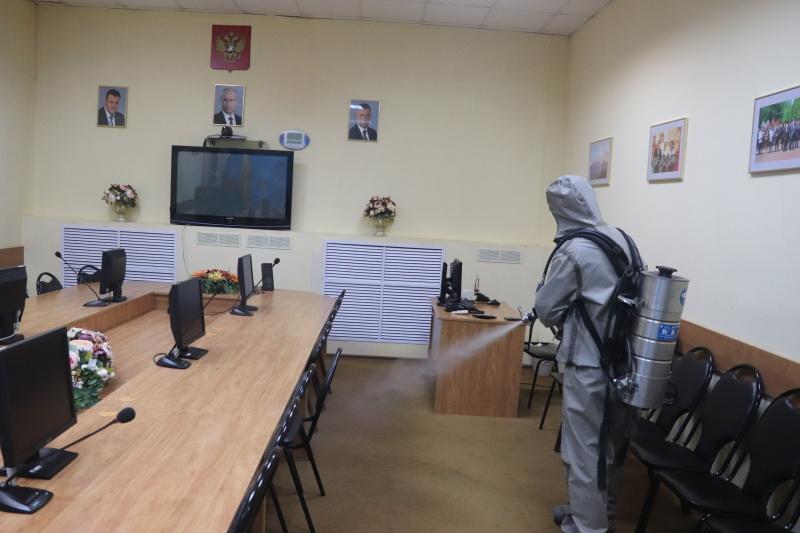 В  Главном управлении и в подразделениях МЧС России по Рязанской области продолжаются профилактические и дезинфекционные мероприятия