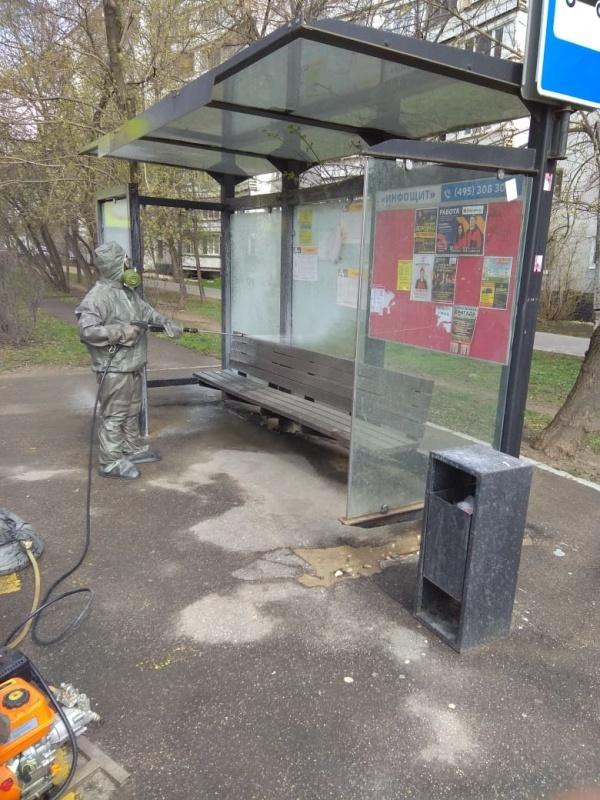 Подразделения МЧС России продолжают проводить дезинфекцию в муниципальных образованиях Подмосковья