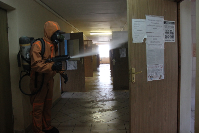 Сотрудники МЧС провели дезинфекцию общежития ННГУ им. Н.И. Лобачевского