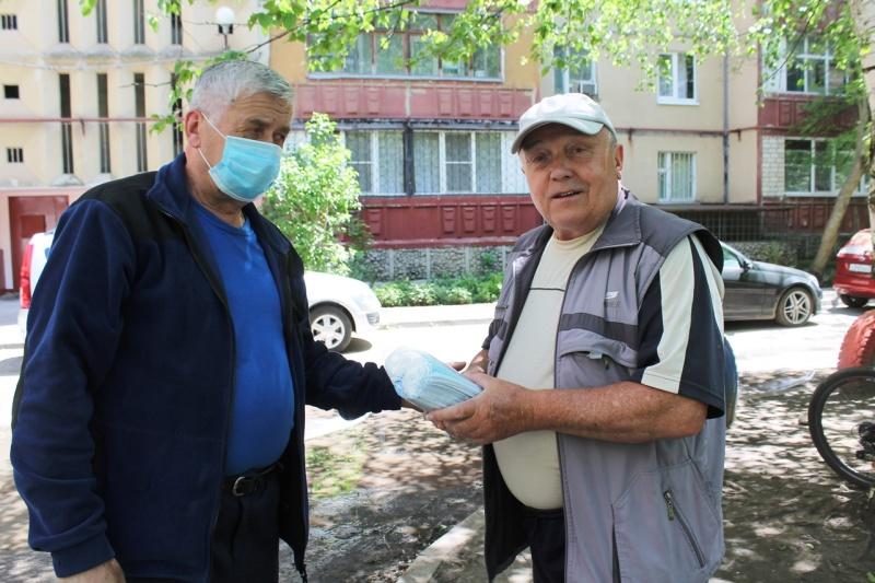 Главное управление МЧС России по Ставропольскому краю оказывает помощь ветеранам ведомства в период самоизоляции