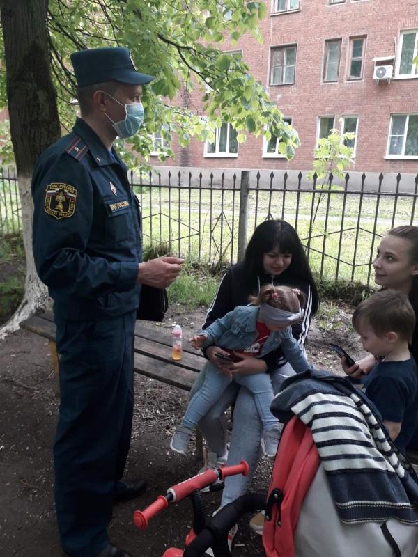Акция «Безопасные каникулы»: сотрудники МЧС города Кольчугино напомнили детям и взрослым о правилах безопасности