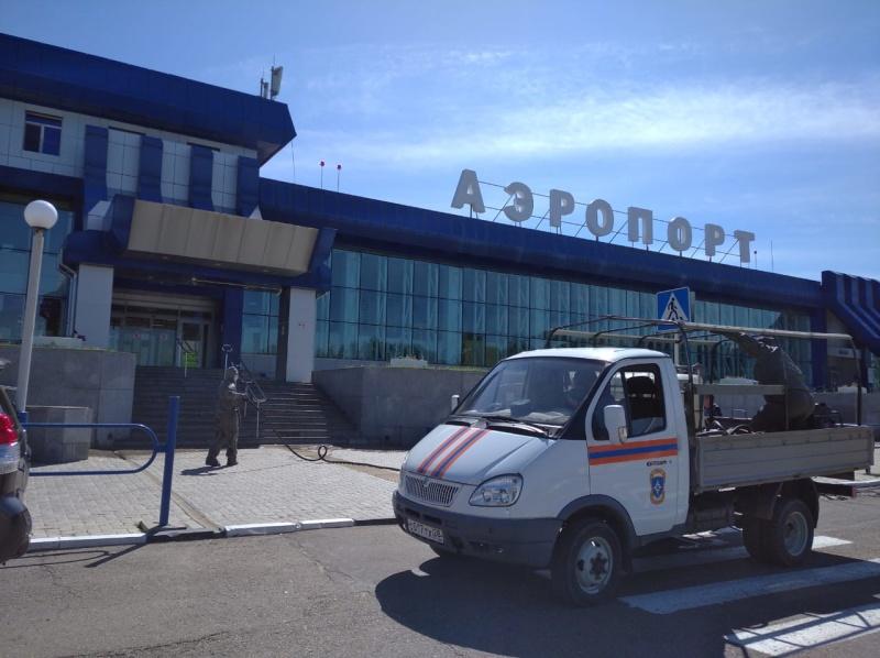 Спасатели МЧС России провели санитарную обработку  социально значимых объектов в областном центре Амурской области