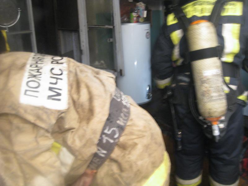 Спасатели ликвидировали пожар в Василеостровском районе