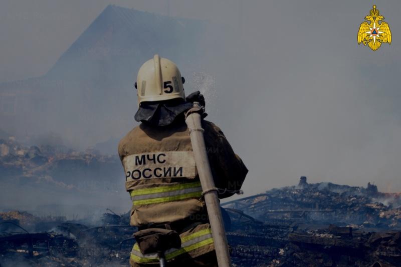 В летний период опасность пожаров на дачных участках возрастает
