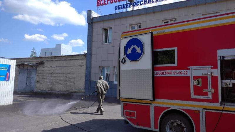Курские огнеборцы продезинфицировали почти сто тысяч квадратных метров