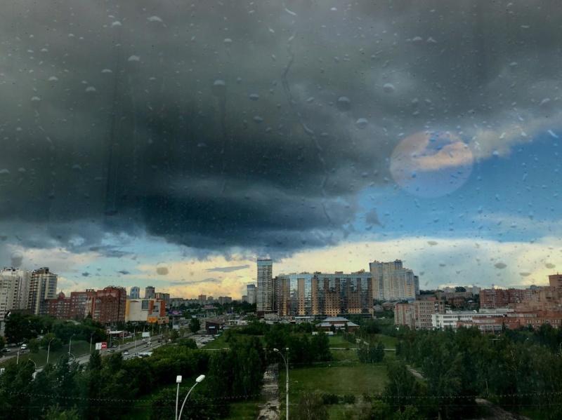 Специалисты МЧС России предупреждают о возможных летних рисках
