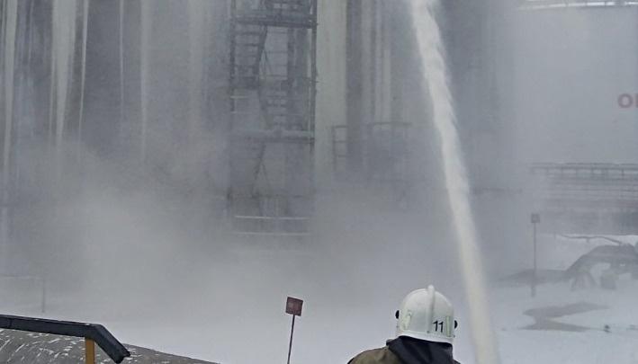 Возгорание резервуара на производственном объекте в городе Нижневартовске на 12-м км автодороги «Нижневартовск – Мегион» (ликвидирован)