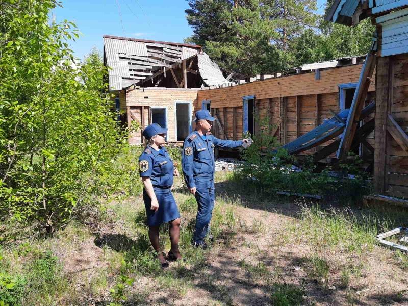 Специалисты МЧС провели рейдовые осмотры в населенных пунктах Иволгинского района